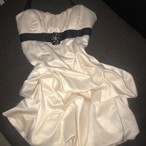 White ivory dress. Size 11